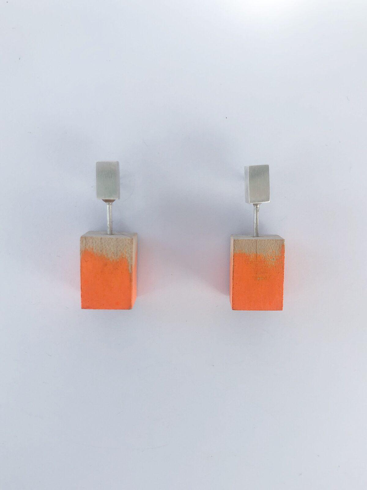 1828FF4C-B47C-416B-B1DA-1B1F45C5E60B